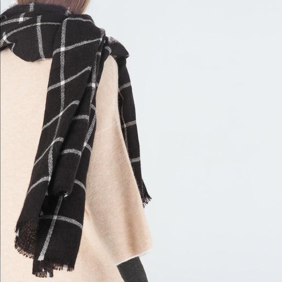 ZARA classic grid scarf